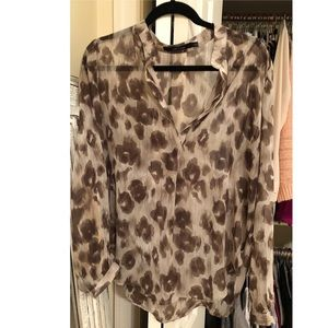 Ark & Co. leopard long sleeve blouse